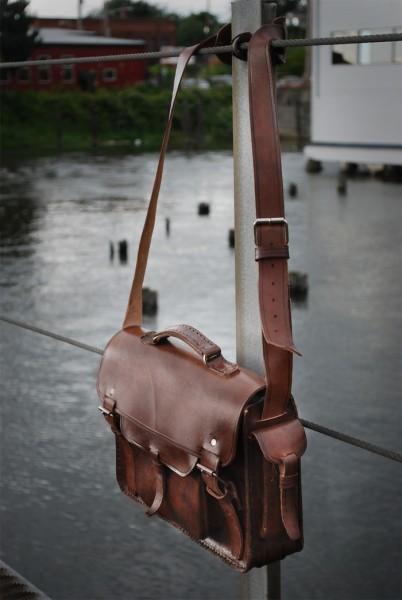 antigua leather bag
